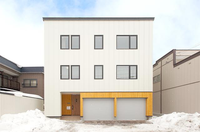ゆとりあるデザインの二世帯住宅